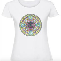 Дамска тениска с Мандала - Цветно сърце